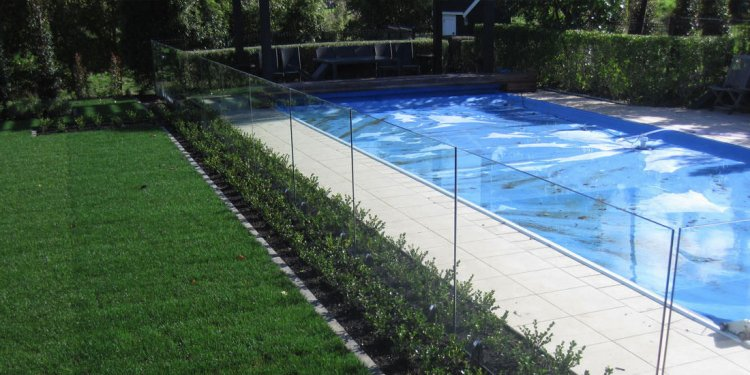 Glass pool Fencing canberra