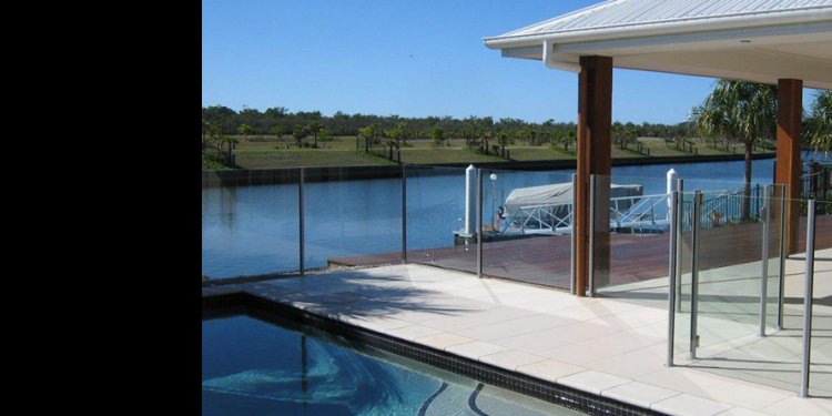 Glass pool fence supplies