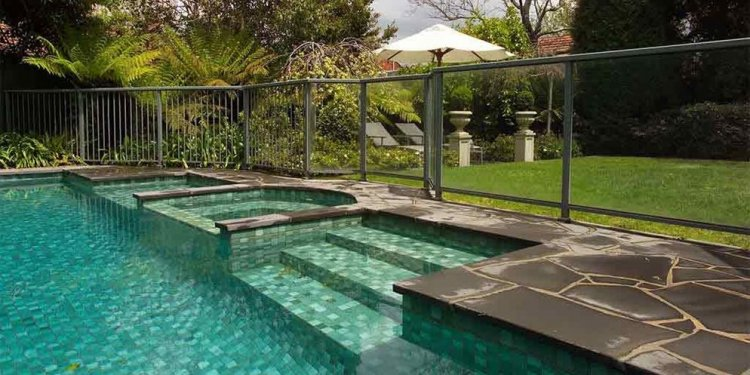pool fence Glass panels