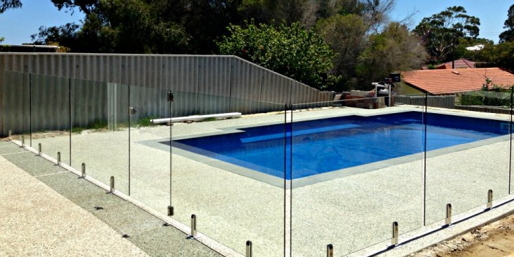Glass pool Fencing Cost