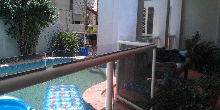 Pool fence - American swimming pool and spa association ...