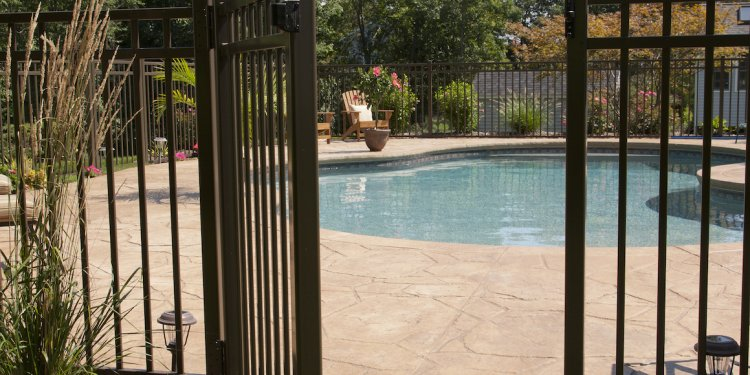 Pool fencing regulations brisbane